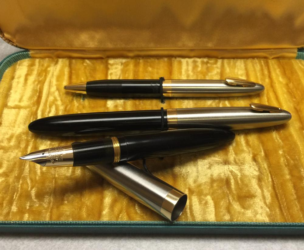Sheaffer Sentinel Tuckaway Set
