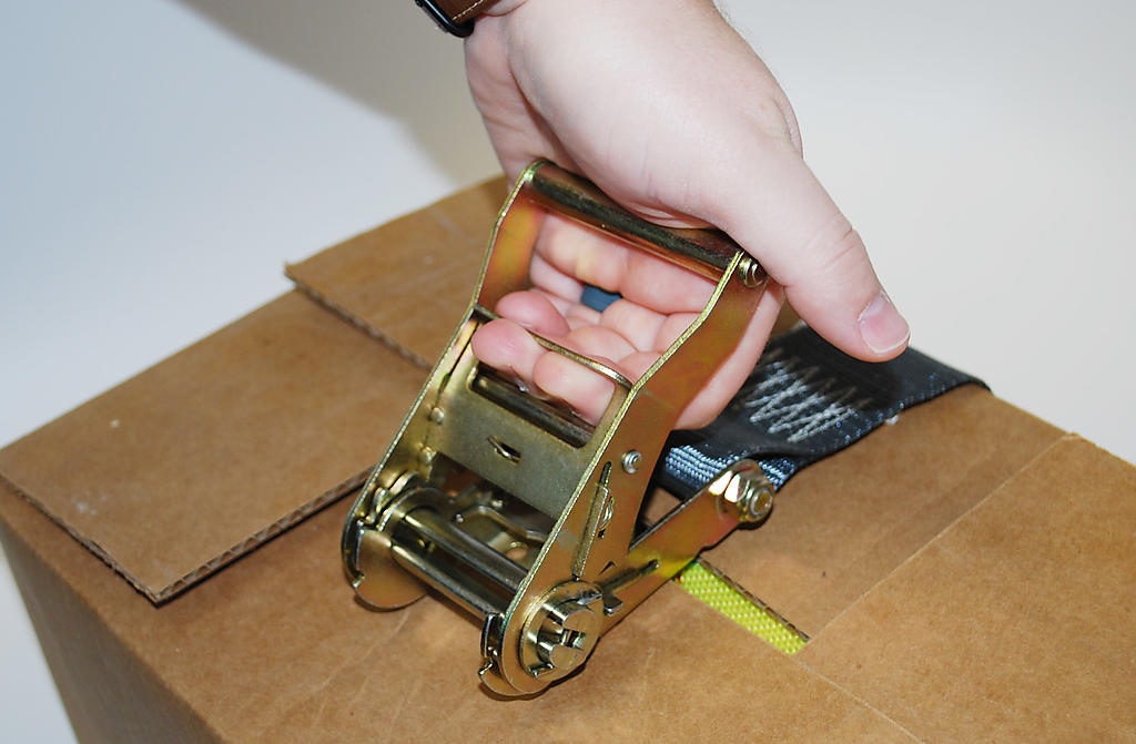 Ratchet Straps Instructions Demonstration 2