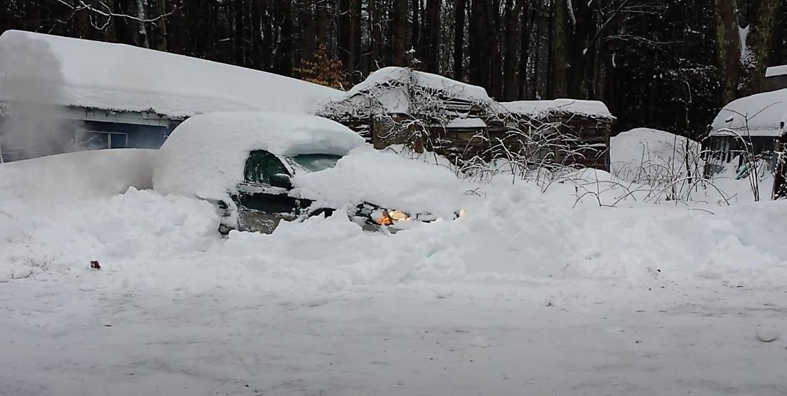 Removing Excess snow from vehicle