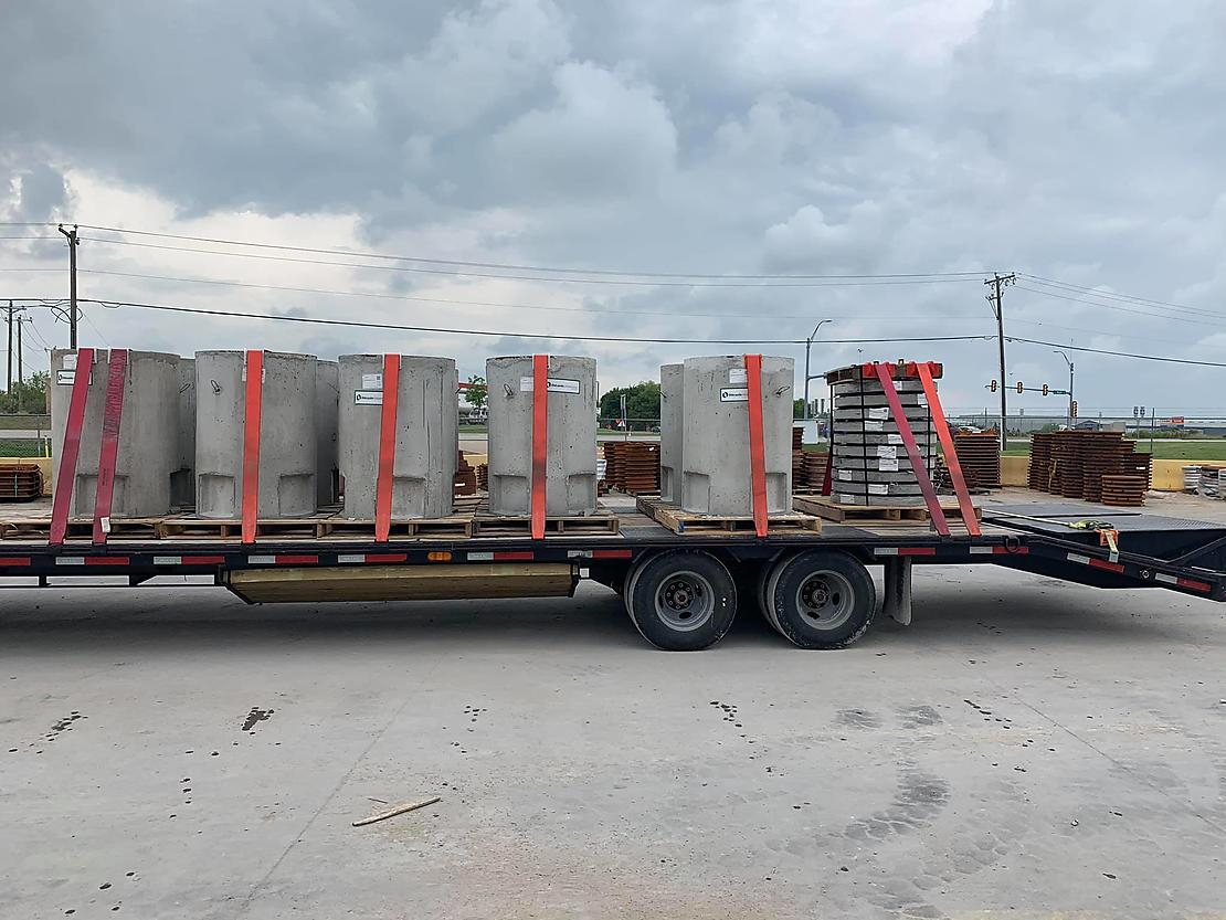 Different Types of Cargo for Hot Shot Trucking