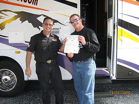 Jerry presenting me with my instructors certificate