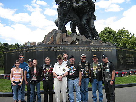Rolling Thunder 2008 Wash DCFriends and Fellow riders take a moment to pose for a photo with Veteran Larry Ward USMC Retired