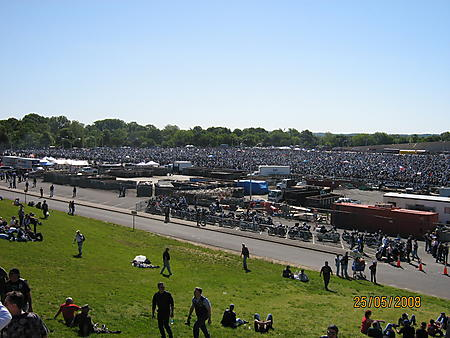 Over 500000 motorcycles getting ready to leave the Pentagon Parking lot enroute to Wash DC