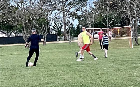 SoccerFtbol  715 pm cada SundayDomingo
