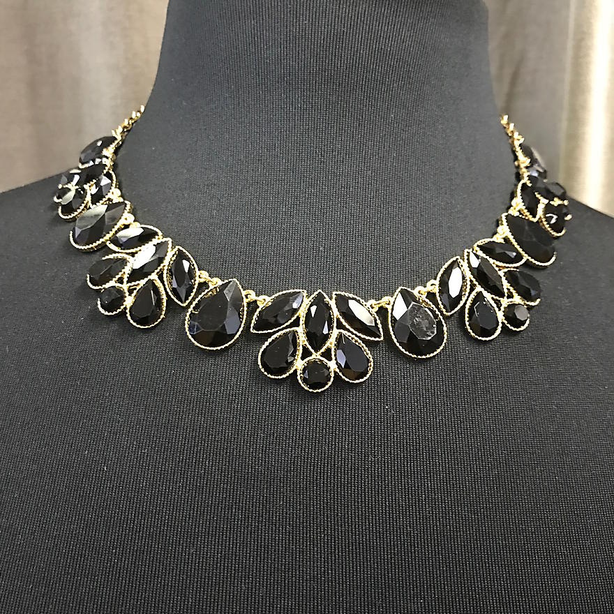 Black Gem Necklace